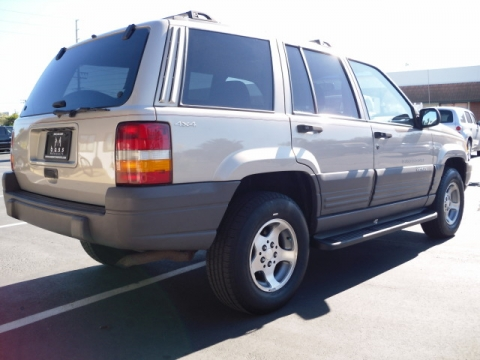 find a cheap used 1997 jeep grand cherokee laredo 4x4 in. Black Bedroom Furniture Sets. Home Design Ideas