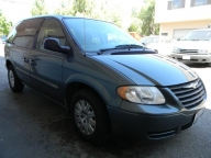 Used Orange County 2006 Chrysler Town & Country Minivan