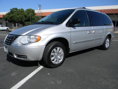 find a cheap used 2006 chrysler town country stow n go in orange county at bass motorsports. Black Bedroom Furniture Sets. Home Design Ideas